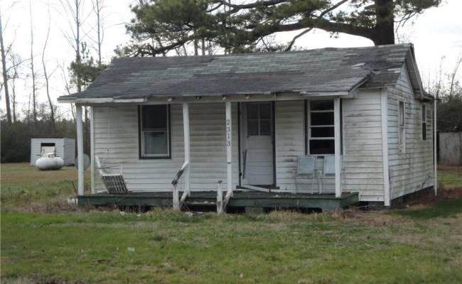 2308 Manning Road, Suffolk, VA 23434