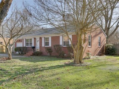property image for 143 Colony Road NEWPORT NEWS VA 23602