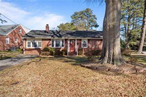 property image for 210 Edgewood Portsmouth VA 23701