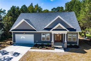 property image for 1 Dove Point Poquoson VA 23662