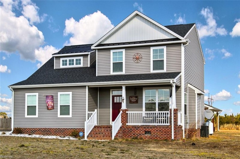 Photo 1 of 17 residential for sale in Suffolk virginia
