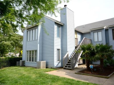 property image for 652 Pinewood Drive VIRGINIA BEACH VA 23451