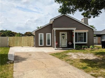 property image for 5032 Rugby Road VIRGINIA BEACH VA 23464