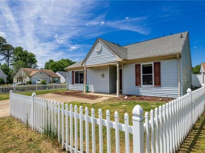 property image for 2042 Ealing Crescent VIRGINIA BEACH VA 23454