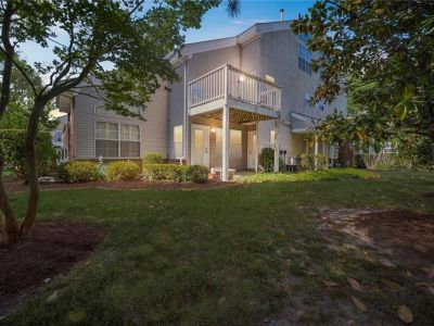property image for 5076 Heathglen Circle VIRGINIA BEACH VA 23456