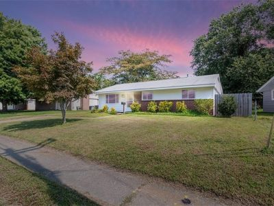 property image for 610 Lemaster Avenue HAMPTON VA 23669
