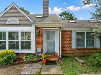 property image for 8 Overbrooke Place HAMPTON VA 23669