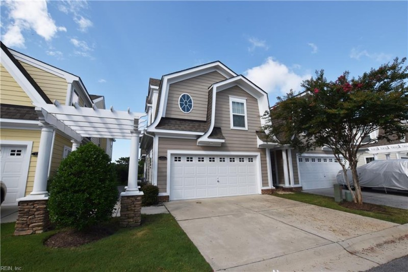 Photo 1 of 44 rental for rent in Suffolk virginia