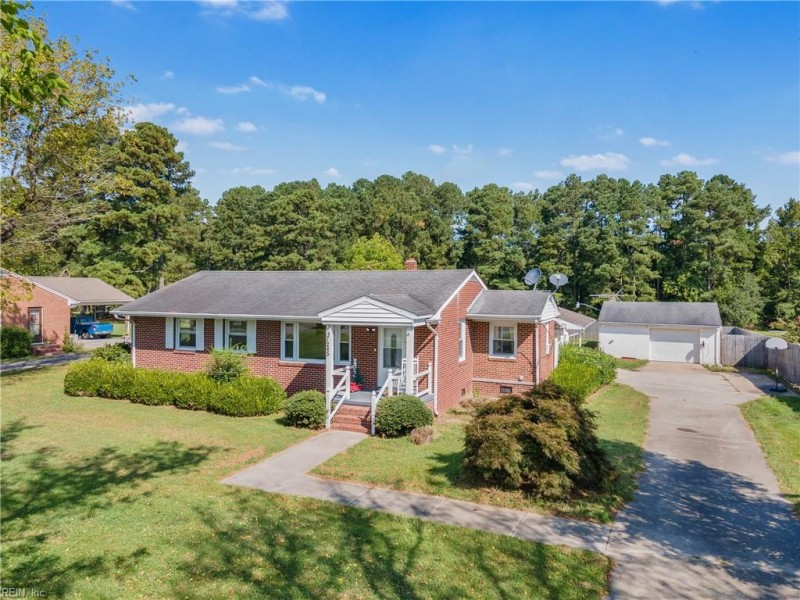 Photo 1 of 27 residential for sale in Franklin virginia