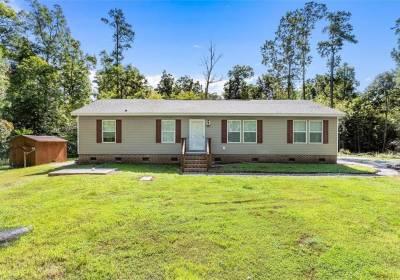 144 Berry Lane, Surry County, VA 23881