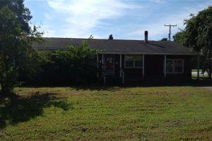 property image for 33 Forrest Newport News VA 23606