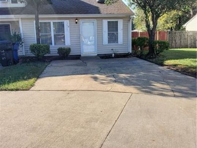 property image for 3917 Pollypine VIRGINIA BEACH VA 23452