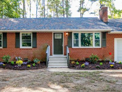 property image for 2 brickhouse Drive POQUOSON VA 23662