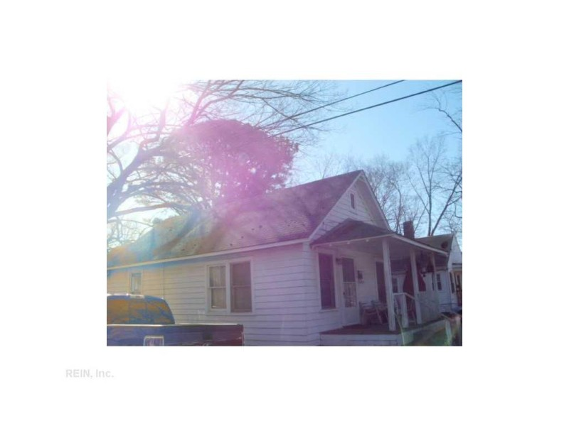 Photo 1 of 1 residential for sale in Hampton virginia